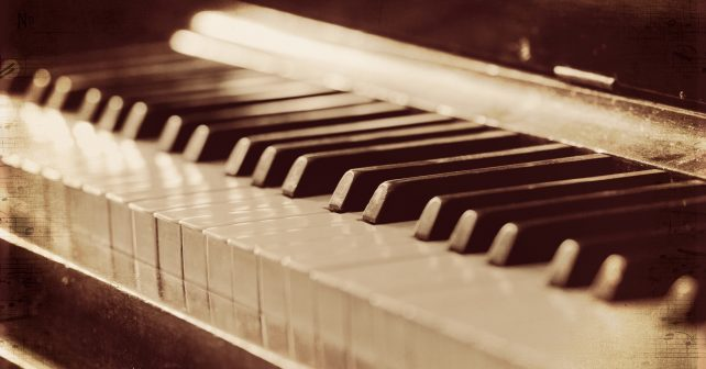 piano_music_background